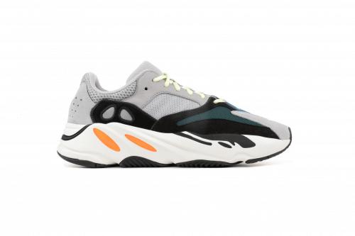 cdaa3b0410f6e Adidas Yeezy 700 Wave Runner